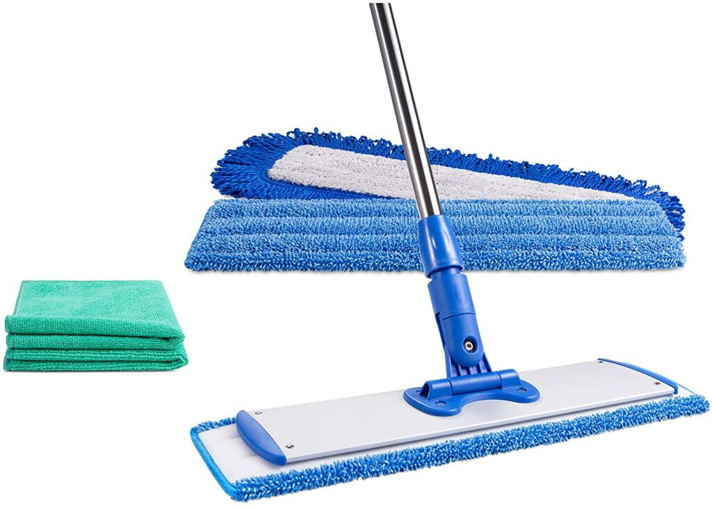 cleaning laminate floors mops